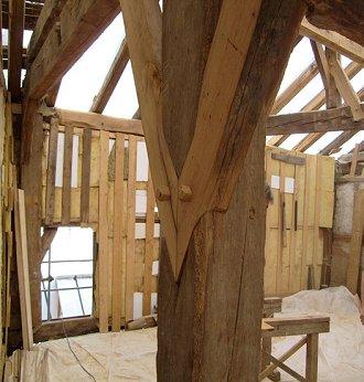 Dollnstein altm hltal burg sanierung fachwerk for Holzfachwerk verbindungen